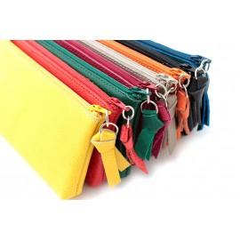 Pochettes zippées en cuir avec mousqueton